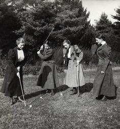 vintage everyday: Women at Their Leisure – Interesting Photos Show the Work Women Often Do in Their Free Time before 1900