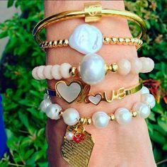 Set By Vila Veloni Gold And White Love Bracelets
