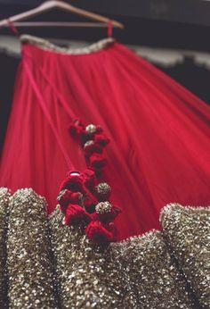 "Gorgeous Indian Wedding Lehenga, ""Coffee Stains India Amrin Theo via Pakistani Dresses, Indian Dresses, Indian Outfits, Lehenga Designs, Indian Designer Outfits, Designer Dresses, Look Fashion, Indian Fashion, Moda Indiana"