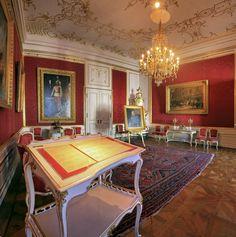 La salla delle udienze - http://www.hofburg-wien.at/it/informazioni-interessanti/appartamenti-imperiali/giro-nel-appartamenti-imperiali/la-sala-delle-udienze.html