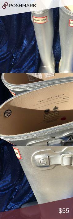 Hunter rain boots kids 1B/2G Silver size US 1B/2G Hunter Shoes Rain & Snow Boots