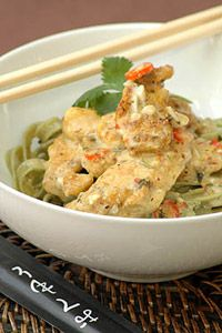 Thai-Style Chicken on Spinach Tagliatelli