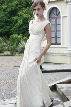 Cream Chiffon Inexpensive Customer-Made Design Evening Gown