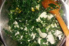 Jitrocelová mast /z jitrocele kopinatého/. Jitrocel je znám pro své hojící a… Seaweed Salad, Herbs, Homemade, Chicken, Ethnic Recipes, Health, Food, Salud, Herb