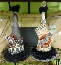 Some paper Halloween hats from Creative Chaos! Halloween Hats, Halloween Ornaments, Halloween 2015, Holidays Halloween, Happy Halloween, Halloween Decorations, Halloween Projects, Halloween Queen, Spooky Decor