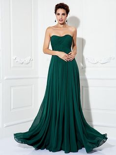 Formal Evening/Prom/Military Ball Dress - Dark Green Plus Sizes A-line/Princess Strapless Sweep/Brush Train Chiffon - USD $79.99