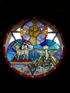 Terminamos!!!!! Instalado el vitral del frontispicio del templo colonial, Santo Recinto, SantuarioDela QuintaAparicion De La VirgendeGuadalupe que a s