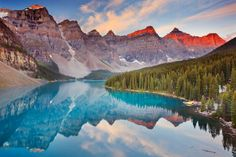 Moraine Lake (Banff National Park, Canada)