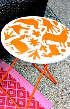 Hi Sugarplum | DIY Otomi Stenciled Table