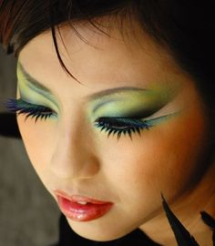 Gorgeous Makeup: Tips and Tricks With Eye Makeup and Eyeshadow – Makeup Design Ideas Bold Eye Makeup, Makeup For Green Eyes, Love Makeup, Makeup Tips, Beauty Makeup, Beauty Tips, Makeup Ideas, Bird Makeup, Fun Makeup