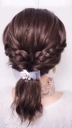 Simple Elegant Hairstyles, Super Easy Hairstyles, Easy Hairstyles For Medium Hair, Medium Hair Styles, Long Hair Styles, Unique Hairstyles, Black Hairstyles, Simple Hair Updos, Saree Hairstyles