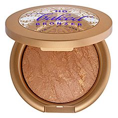 Urban Decay Baked Bronzer For Face and Body. Can't decide between Baked & Gilded! Urban Decay Bronzer, Urban Decay Makeup, Bronzer Makeup, Best Bronzer, Shimmer Bronzer, Faces Cosmetics, Makeup Cosmetics, Tutorial Sombra, Urban Decay Vegan