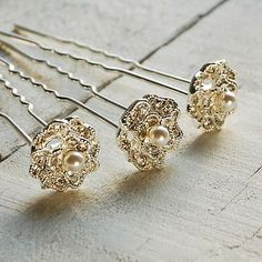 Lace Rose Hair Pins #theweddingofmydreams @The Wedding of my Dreams