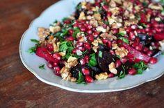 hauptsalat: rote rüben mit granatapfel & walnüssen – kulinarische notiz – esskultur