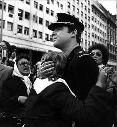 5 de octubre de 1982, Marcha por la Vida. Fotógrafo Marcelo Ranea.