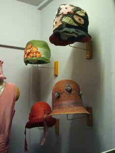 Cloche Hats   Churchill County Museum  Fallon, NV 20s Fashion, Vintage Fashion, Vintage Style, Vintage Ladies, Vintage Woman, Vintage Hats, Cool Hats, Hat Making, Haberdashery