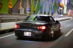 @bun.tsuzuki / by @___low_life___ #TopMiata #Oita #japan #jdm  TopMiata.com | #mazda #miata #mx5 #eunos #roadster