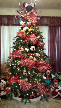 2014 Christmas Tree Idea...DISNEY THEME minus the stuffed animals