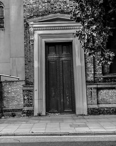 #architecture #architecturephotography #archilovers #arquitectura #architect #architecturelovers #photography #design #city #italy #architecture_view #urban #noiretblanc #blackandwhite #bnw #bw #blackandwhitephotography #monochrome #bw_society #bnwphotography #bnw_captures #bw_lover #noir #streetphotography #bnw_zone #bw_photooftheday #black #igersbnw #photooftheday #bnw_life Design City, Italy Architecture, Black And White Photography, Street Photography, Monochrome, Photos, Urban, Outdoor Decor, Life