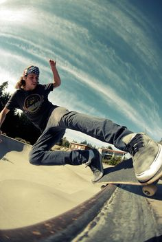 my hubby and son are really into skateboarding...what a shot!