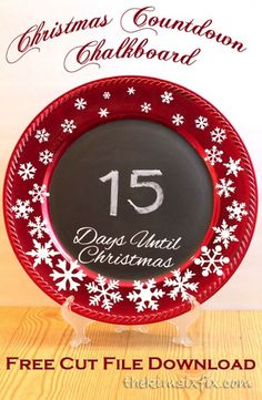 How to make snowflake covered Christmas countdown chalkboard out of a dollar store plastic plate charger Includes cut files to make your own! Christmas Plates, Christmas Svg, Christmas Countdown, Christmas Projects, Christmas Holidays, Christmas Decorations, Santa Plates, Christmas Ideas, Charger Plate Crafts