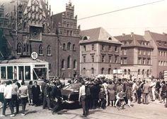 Zdjęcie numer 31 w galerii - Pamiętacie Rynek z samochodami? Mija 25 lat, odkąd zaczął się zmieniać [ZDJĘCIA ARCHIWALNE]