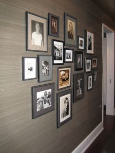 grasscloth wall in hallway Accent Wall, Decor, Wallpaper Living Room, Wallpaper Accent Wall, Grasscloth Wallpaper, Wall Decor, Wall Coverings, Wall Wallpaper, Hallway Decorating