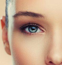 Ob Sie es glauben oder nicht, es gibt viele Prominente die Kontaktlinsen tragen Wussten Sie, Britney Spears tatsächlich hat braune Augen ? Werfen Sie einen Blick auf einige ihrer Fotos obwohl und Sie werden feststellen, ihre Augen sind blau.