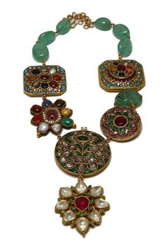 Wedding- Jadau necklace by Falguni Mehta http://www.vogue.in/content/how-dress-wedding#7