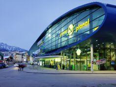 HOFRICHTER-RITTER Architects designed the 'Zielstadion Planai' in Austria. http://en.51arch.com/2014/05/a3083-zielstadion-planai/