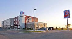 At every Motel 6 location: kids under 17 stay free, pets are welcome, free cable, free morning coffee, and free wifi access! Call (204) 896-9000 to check it out. #winnipeg #manitoba #hotels #tourism #travel