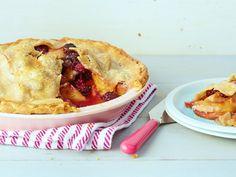 Peach-Blackberry Pie recipe from Bobby Flay via Food Network Best Summer Desserts, Summer Dessert Recipes, Holiday Recipes, Dessert Ideas, Blackberry Pie Recipes, Tart Recipes, Sweet Recipes, Yummy Recipes, Recipes