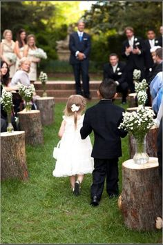 tree stump wedding aisle