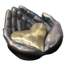 site_img_alt - Skulptur GLÜCK BRINGEN - 017163MSLQ kaufen im Artihove Skulpturen Shop - 017163MSLQ