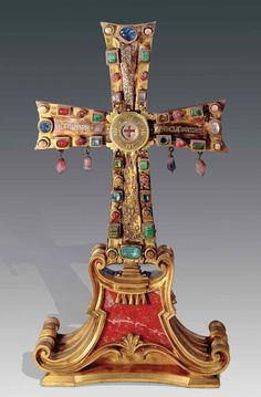 The cross of Justin II, given to the people of Rome by emperor Justin II. 6th century