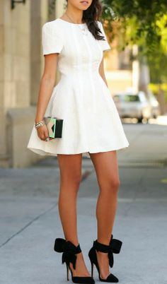 love the bow pumps <3