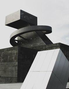 Structure - Coop Himmelblau High School of the Arts Los Angeles Architecture Design, Futuristic Architecture, Beautiful Architecture, Contemporary Architecture, Architecture Geometric, Building Architecture, Design Exterior, Interior Design, Himmelblau