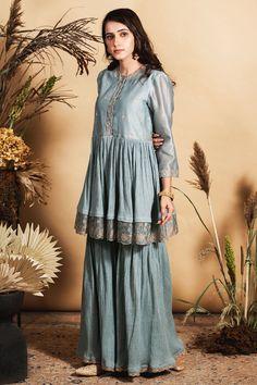 Designer Gowns, Designer Wear, Sharara, Indian Bridal, Jacket Dress, Indian Wear, Indian Outfits, Suits For Women, Skirt Set