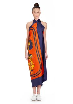 2015 S/S | Brides de Gala | Giant scarf in silk twill plume, hand-rolled (140 x 140 cm) | Ref. : H431266S 16 Encre/Orange/Or
