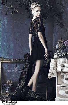 Gypstitch Girls love a good Black Tie Event. Bohemian Style, Bohemian Fashion, Lace Dress Styles, Fashion Lookbook, Brogues, Black Tie, Goth, Romantic, Blue