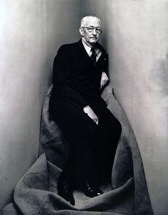 Irving Penn, Corner Portrait, Charles Sheeler, New York, 1948 for Vogue Magazine.