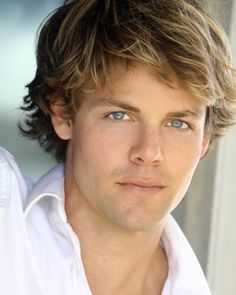 Lachlan Buchanan Joins The Cast - Kyle Abbott? - The Young and the Restless - CBS.com