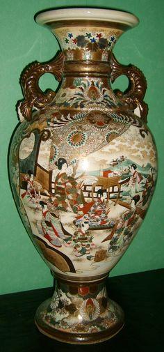 Antique Pottery | Van de Ven Antique dealers - Satsuma vase