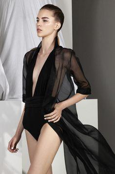 'Into The Light' Collection Fashion History, Fashion News, Fashion Trends, Sexy Outfits, Fashion Outfits, Womens Fashion, Carla Zampatti, Alternative Fashion, Slip Dresses