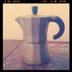 i have a bialetti percolator that looks just like this, perfect for making coffee for one or two.. brews it just right in less than 5 minutes