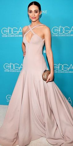 Emmy Rossum blew me away, as per, on the red carpet for the 17th Costume Designers Guild Awards held at the Beverly Hilton Hotel on Tuesday (February 17) in Beverly Hills, California.