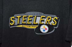 Vintage 90's Pittsburgh Steelers mens t-Shirt STEEL CITY Size LARGE made U.S.A. #ProPlayer #GraphicTee
