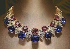 diamond-necklaces-amazing-bBULGARI official-via-mm_diamonds jewellers - Jewelry Ideas Luxury Jewelry, Modern Jewelry, Fine Jewelry, Jewellery, Diamond Pendant Necklace, Diamond Necklaces, Diamond Jewelry, Pearl Jewelry, Bridal Jewelry