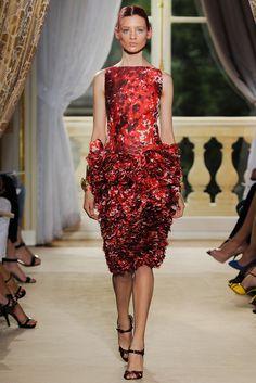 Giambattista Valli Fall 2012 Couture Collection Slideshow on Style.com