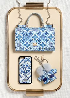 Dolce & Gabbana Women's Accessories Collection Winter 2016